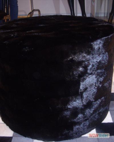 Pouf in Visone nero